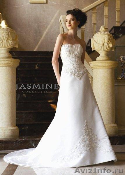Продам новое свадебное платье по цене б/у в Красноярске, продам