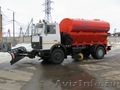 Дорожная универсальная машина КО 806-20 (отвал,  щетка,  цистерна,  песок)